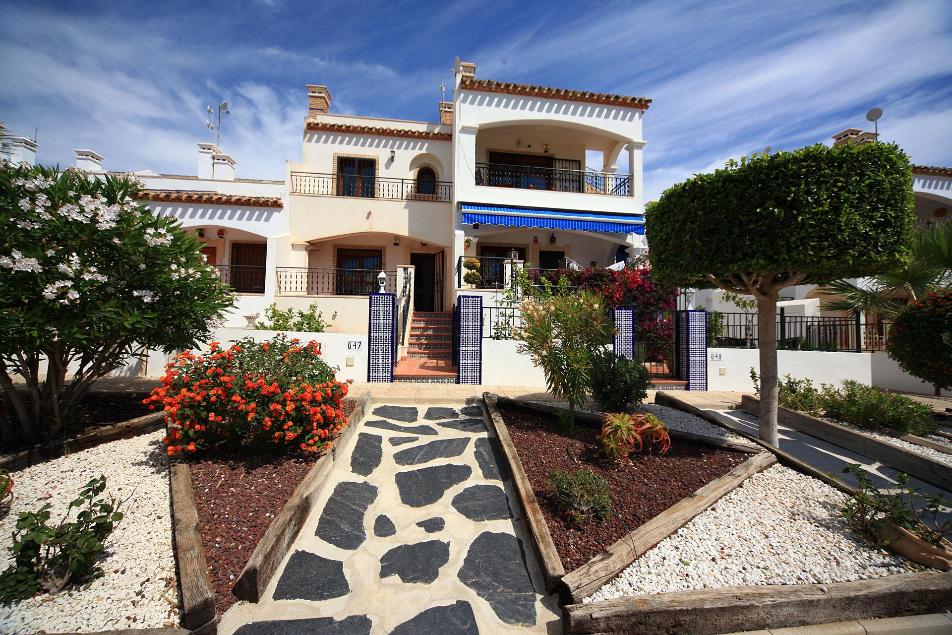 Особенности покупки недвижимости в испании квартира в дубае купить авито